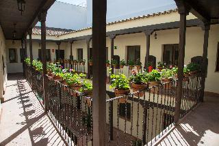 Cartuja Suites, Calle Lumbreras,13-15