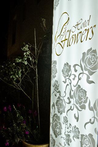 Hotel Flowers, Franjevackih Mucenika,63