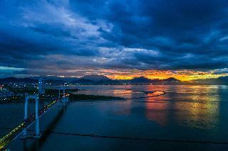 DANANG GOLDEN BAY HOTEL, Le Van Duyet, Nai Hien Dong,…
