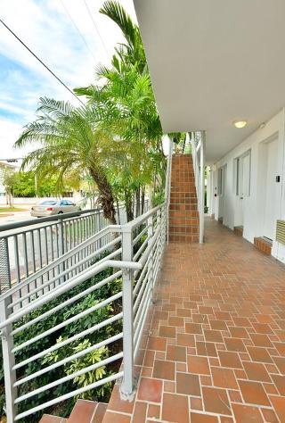 Harding Suites Miami…, Harding,8040