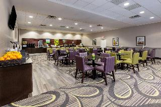 La Quinta Inn & Suites by Clifton/Rutherford
