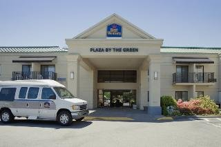 Best Western Plus Plaza By The Green