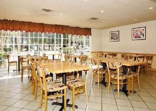 Book Comfort Inn & Suites Lakeland - image 11