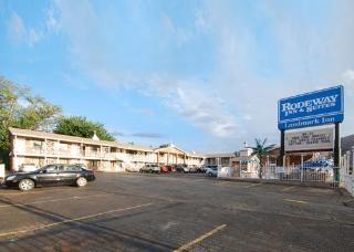 Rodeway Inn & Suites Landmark Inn