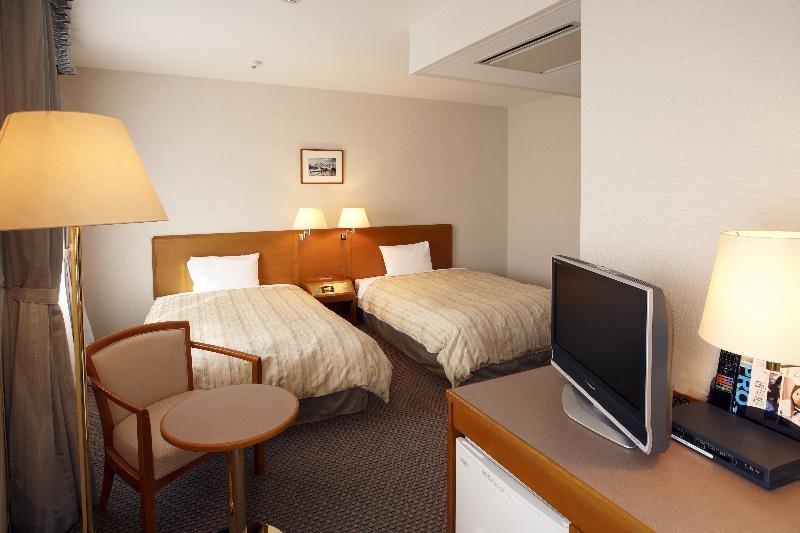 Hotel Mets Tsudanuma, 1-1-1 Tsudanuma, Narashino-shi,…