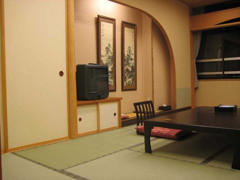 Yukemuri Fuji No Yado…, 6713-103 Funatsu, Fujikawaguchiko-machi,…