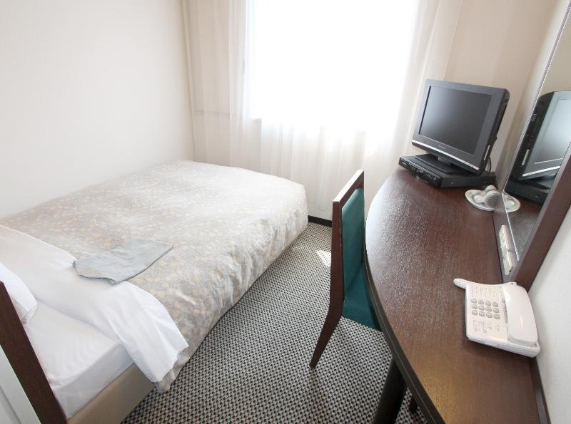 Takaoka Manten Hotel…, 1-8 Suehiro-machi, Takaoka-shi,…