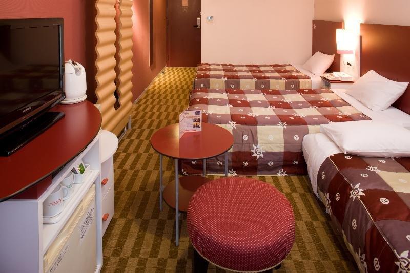 Hotel Kintetsu Universal…, 6-2-68 Shimaya, Konohana-ku,…