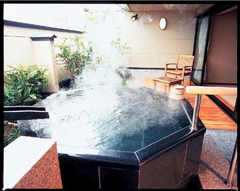 Bokoro, 4-25 Hawai Onsen, Yurihama-cho,…