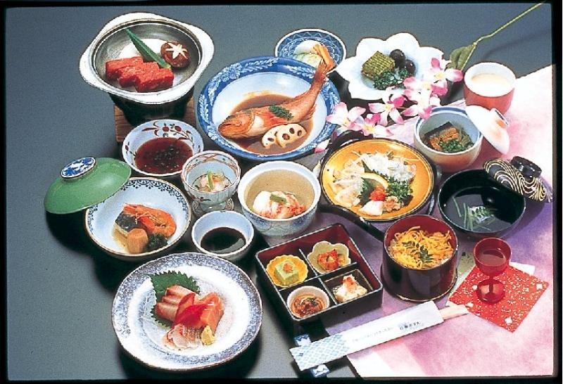 Hanabishi Hotel, 2-14-29 Kitahama, Beppu-shi,