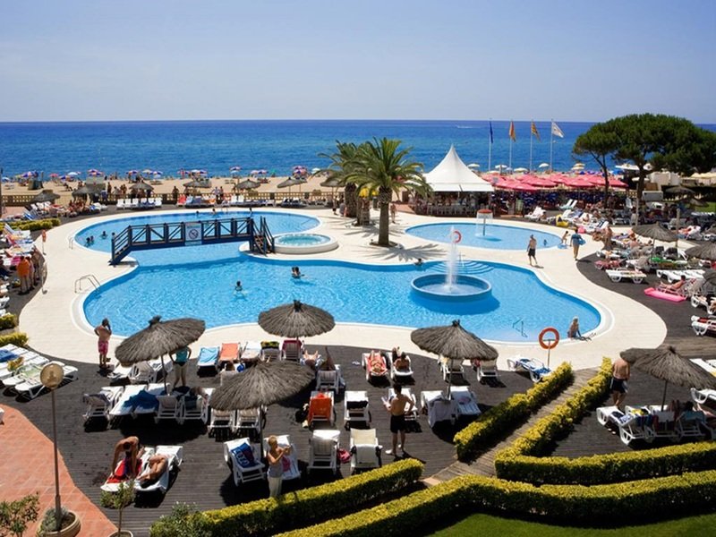 Pool Tahiti Playa Suites