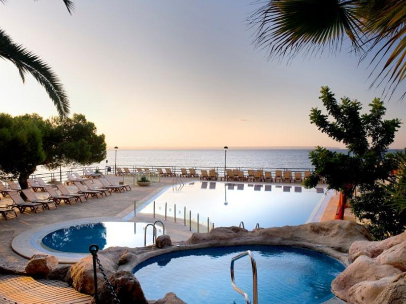 Barcelo Albatros Hotel