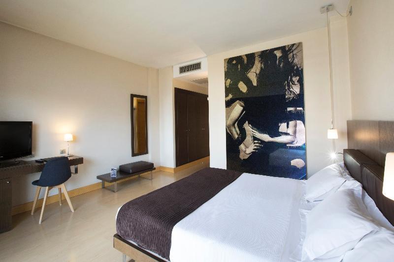 Room Hm Jaime Iii