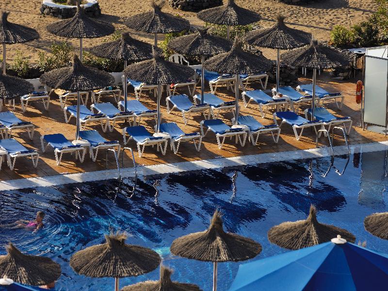 Cheap holidays to vik hotel san antonio puerto del carmen - Cheap hotels lanzarote puerto del carmen ...