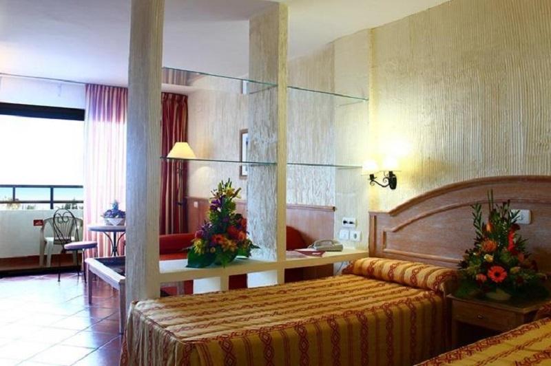 Room Masaru