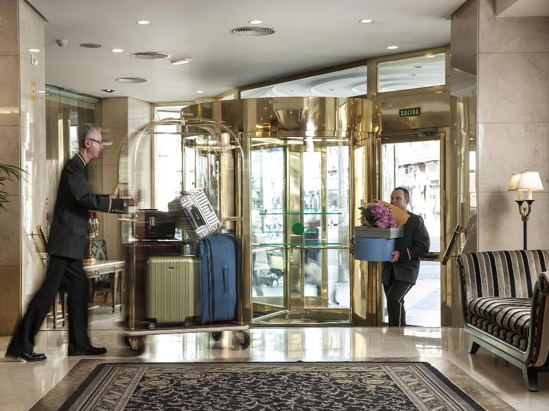 ホテル エンペラドール