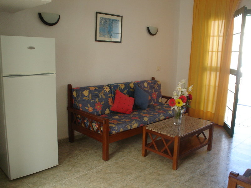 Bungalow Capacity 2 Two Bedrooms