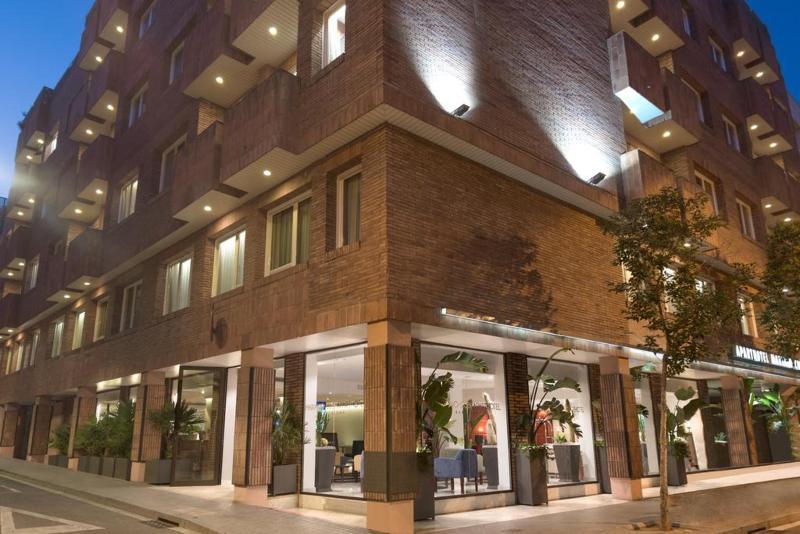 Fotos Hotel Mariano Cubi