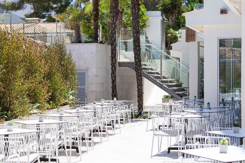 Hotel dos Zimbros - Terrace - 20
