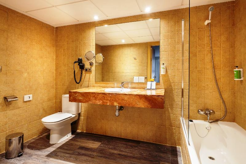Flintstones Themed Hotel Room Uk
