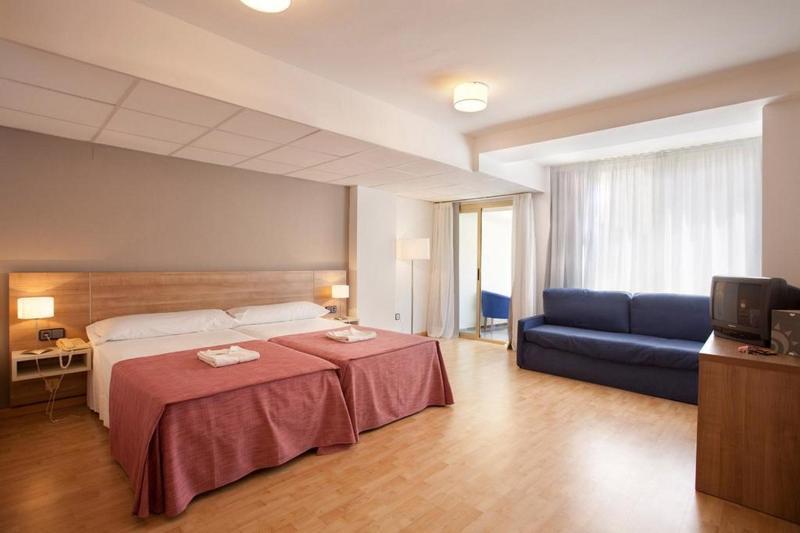 Room Port Eugeni