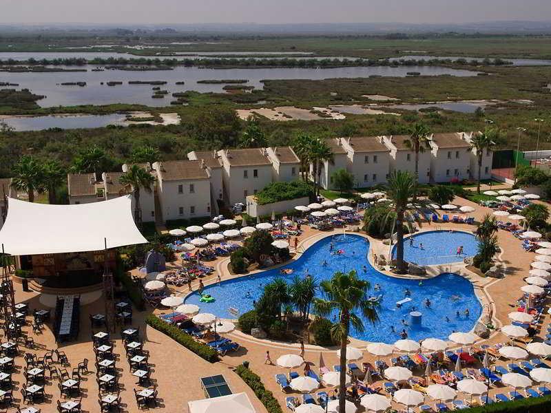 BQ Alcudia Sun Village - Hotel - 8