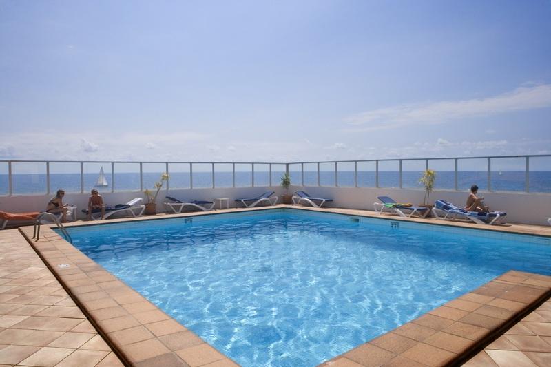 Pool Js Cape Colom