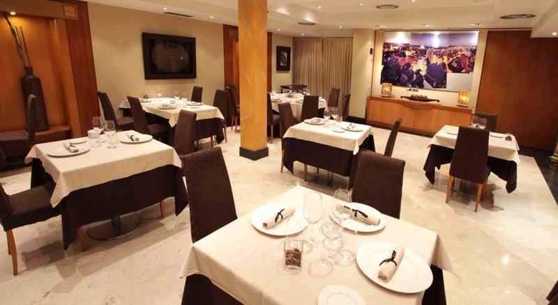 Restaurant Silken Luis De Leon