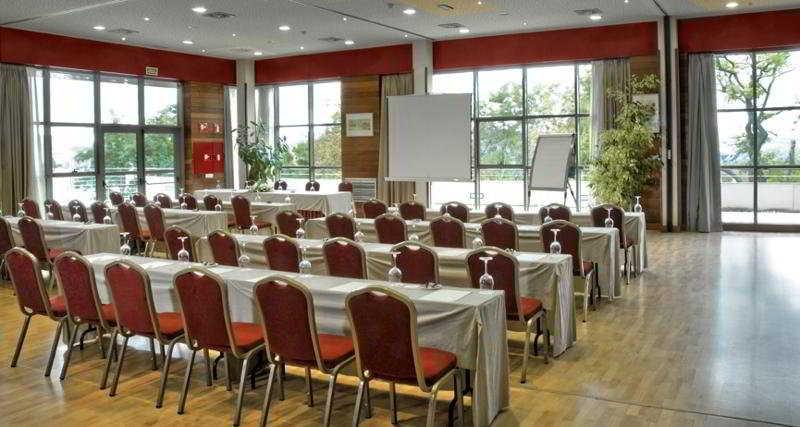 Conferences Abba Burgos