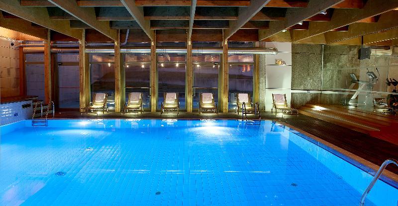 Pool Abba Burgos