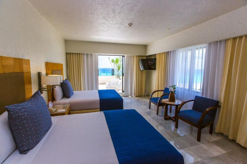 SUITE FAMILY WITH TERRACE 2 PAX