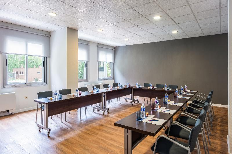 Conferences Tryp Madrid Chamartin Hotel