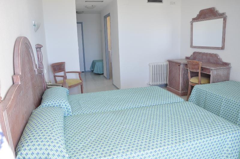 Room Neptuno