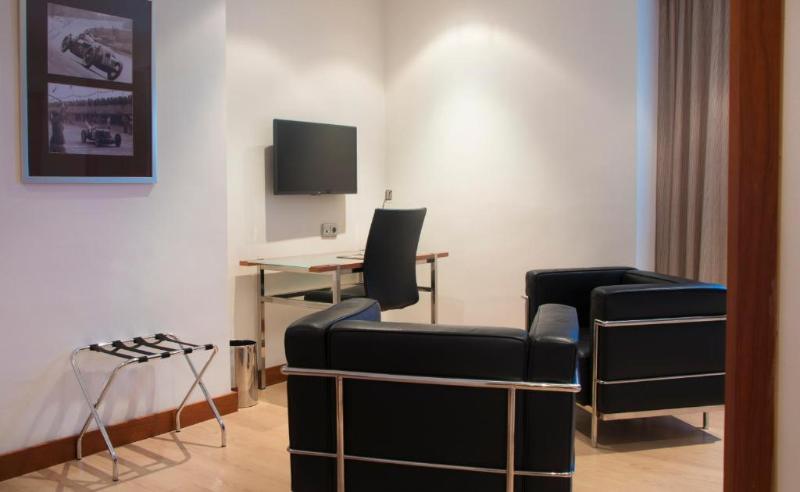 Fotos Hotel Tryp Valencia Azafata