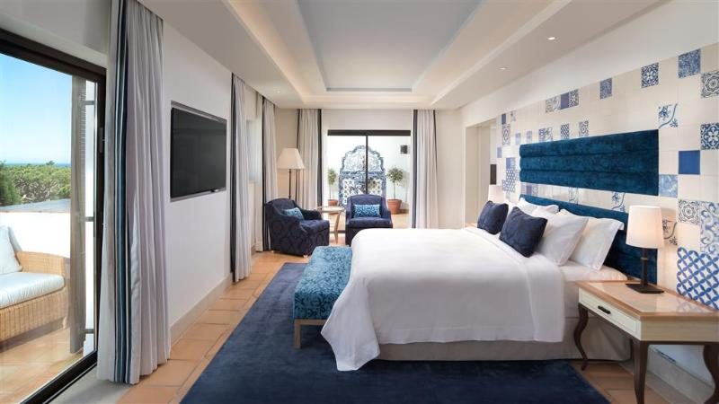 Room Pine Cliffs Hotel, A Luxury Collection Resort