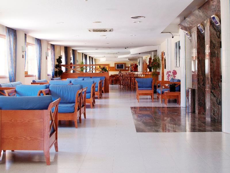 Lobby Invisa Hotel Ereso