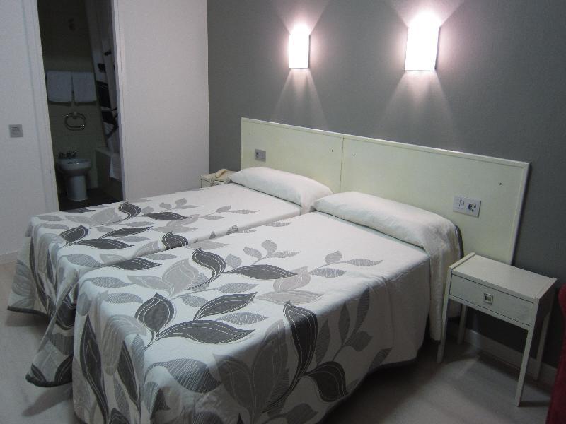 Room Acebos Azabache Gijon