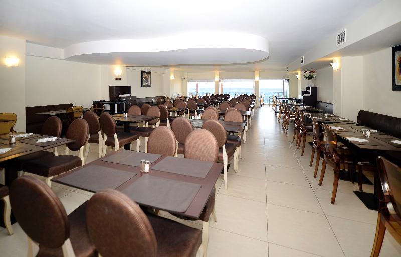 Restaurant Golden Beach