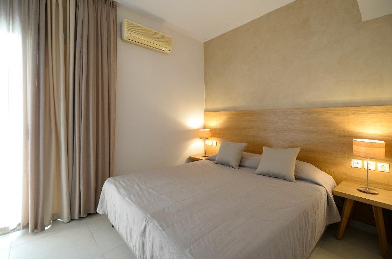 Room Golden Beach