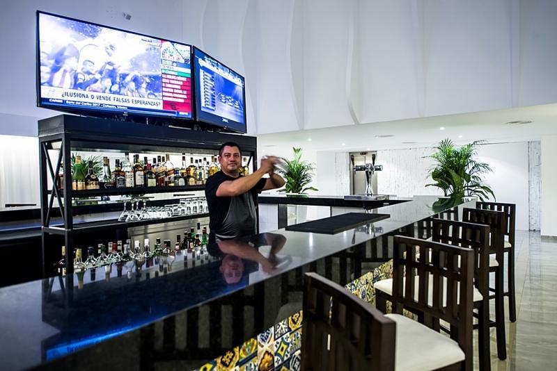 Bar Oleo Cancun Playa