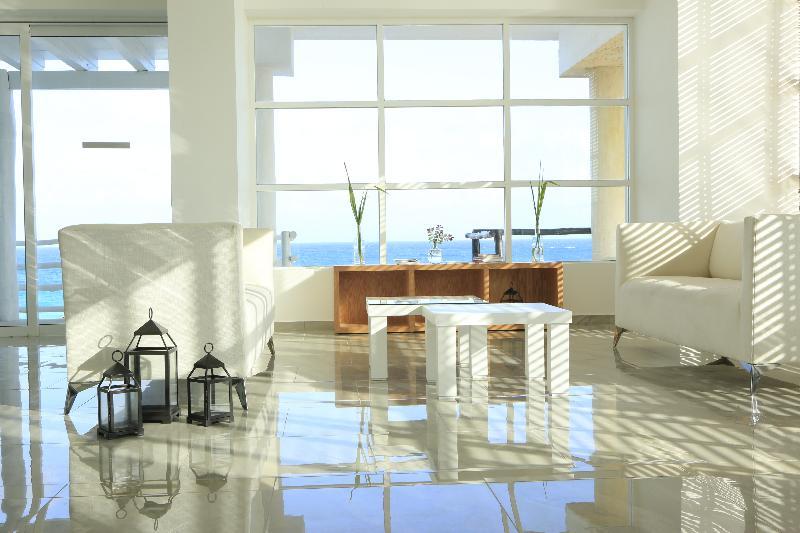 Lobby Oleo Cancun Playa