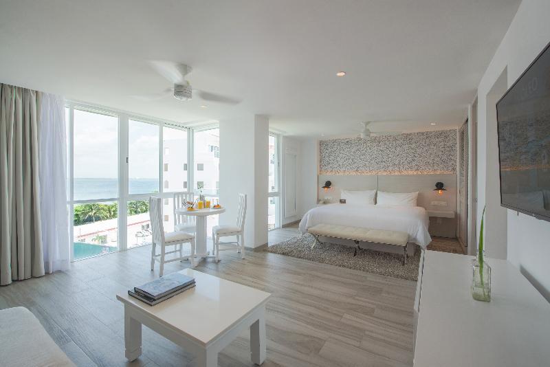 Room Oleo Cancun Playa