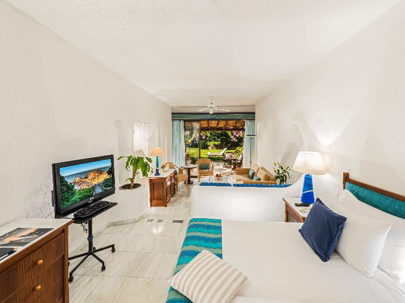Room Coral Beach Hotel & Resort