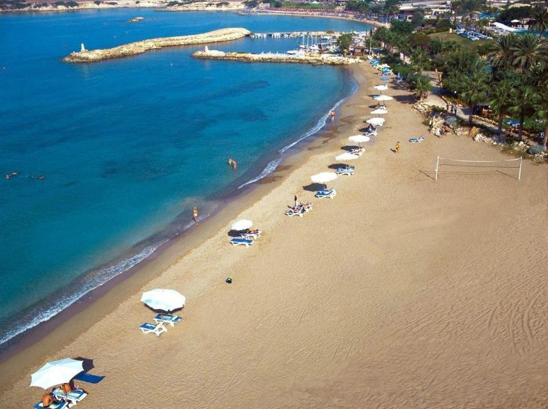 Beach Coral Beach Hotel & Resort