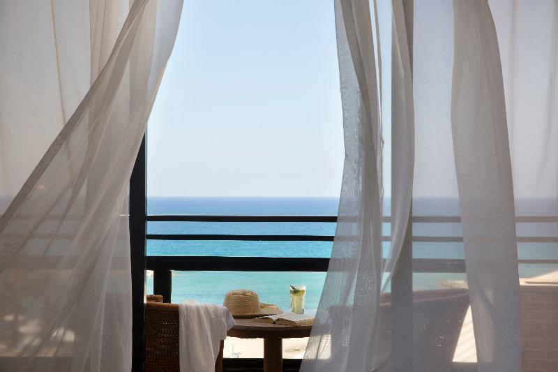 Room Venus Beach