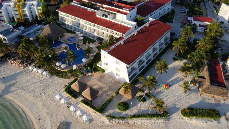 General view Cancun Bay Resort