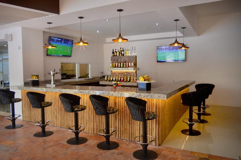 Bar Cancun Bay Resort