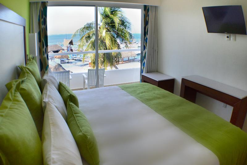 Room Cancun Bay Resort