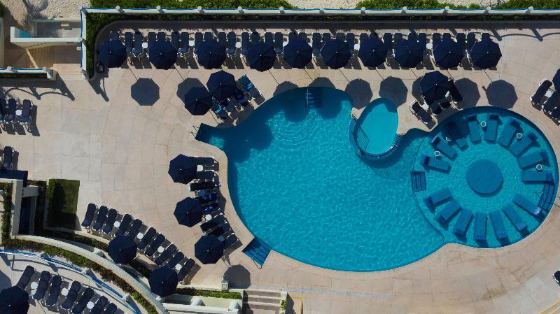 Pool Occidental Tucancun
