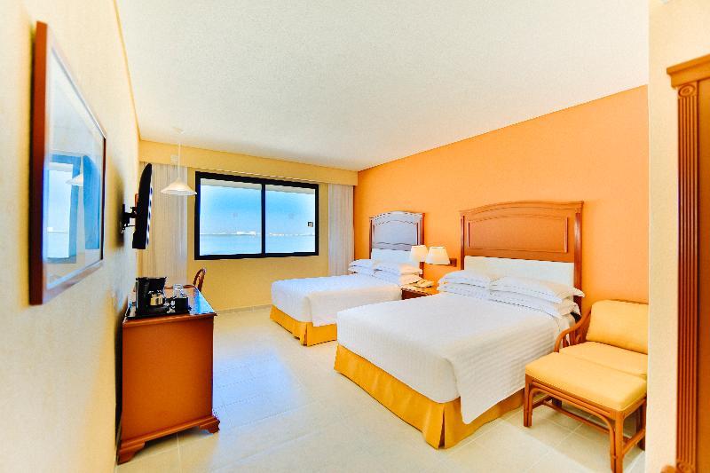 Room Occidental Tucancun